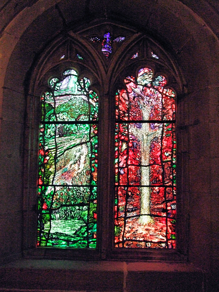 Lights 1 & 2, Stained Glass Created By Tom Denny To Commemorate Thomas Traherne - Hereford Cathedral.  Windows created by Tom Denny to celebrate the life and work of one of Hereford's literary figures, Thomas Traherne (c. 1636-1674).