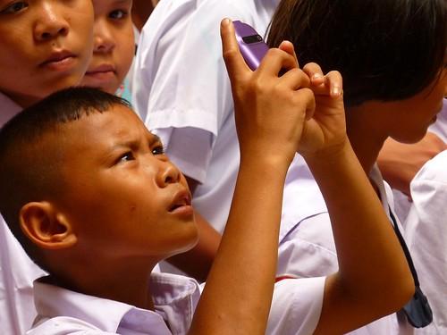 School kids at Wat Si Chu