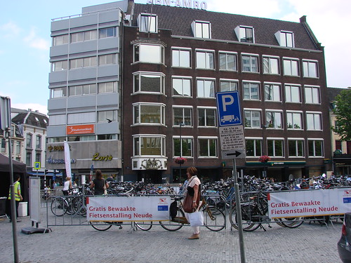 Parking at Neude