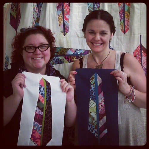 Me and the fabulous @annamariahorner after her amazing class at #fancytiger crafts!