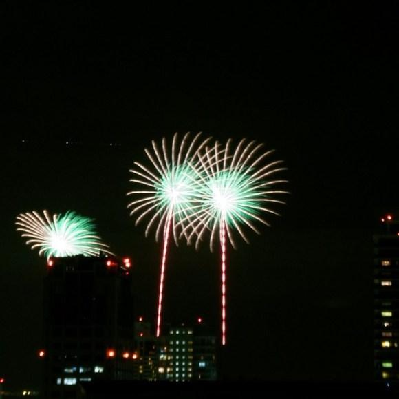 120804_fireworks08