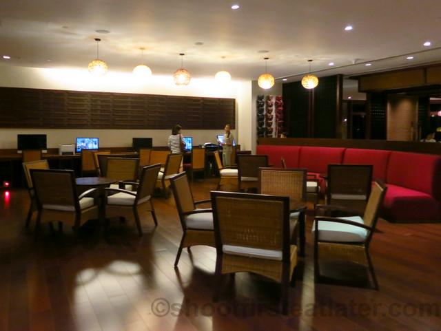 Shangri-La's Boracay Resort & Spa- entertainment center-001