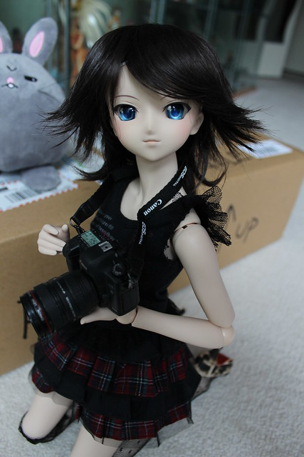 Rin is excited as she'll get to take pics with her camera!