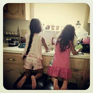 "My girls, ""washing dishes"" <3"