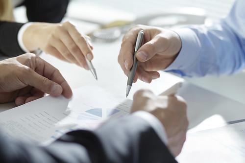 Analyzing financial plan