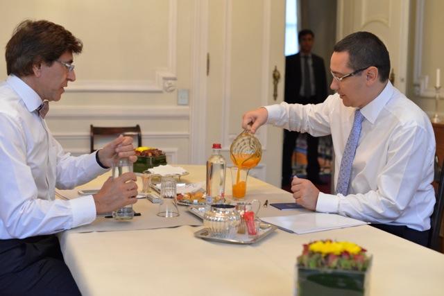 Rencontre avec - Ontmoeting met: Victor Ponta