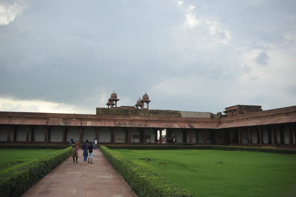 Diwan-i-am is a large open space for emperor's audience to larger public