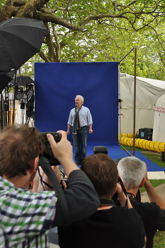 Simon Callow and photographers in Charlotte Square