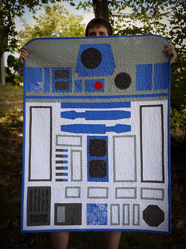 R2D2 Baby Quilt