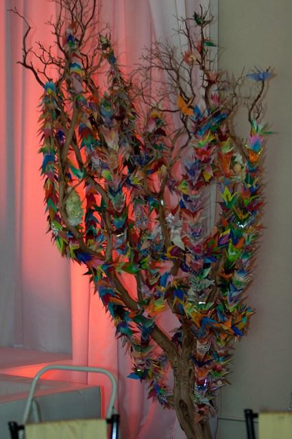 1000 crane tree