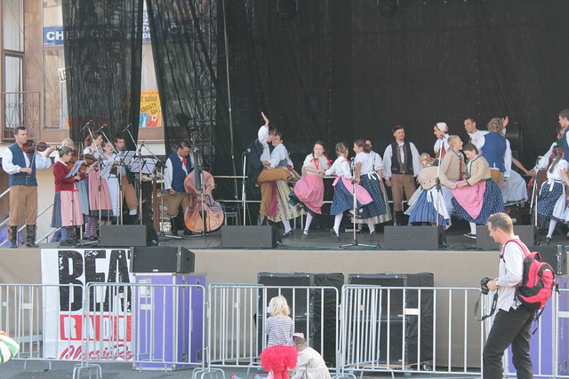Traditional Czech singing and dancing