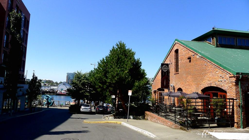 CANOE BREWPUB, Restaurant and Marina VICTORIA BC 0013