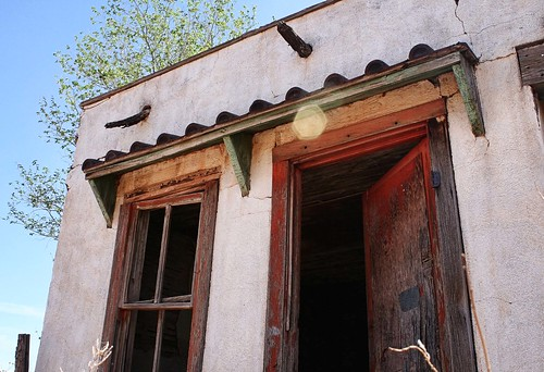 Abandoned motor court in Newkirk, New Mexico. Route 66. Photo copyright Jennifer Baker/Liberty Images