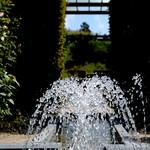 Alnwick Gardens small fountain 2