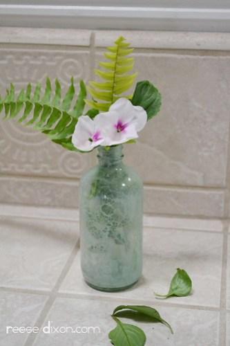 Bubble Painted Glass Vase Tutorial