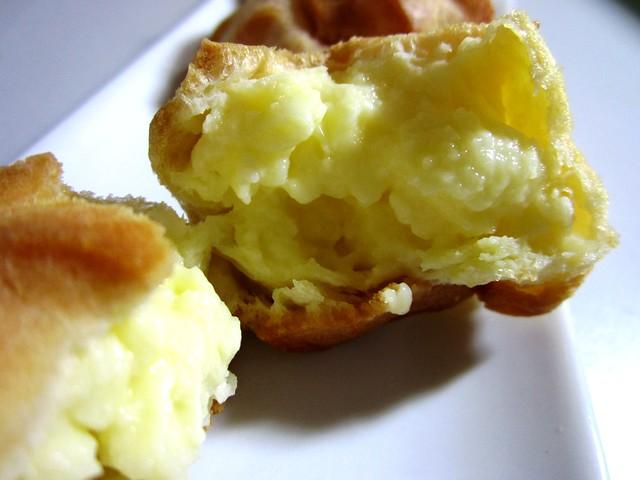 Sibu's cream puff - filling