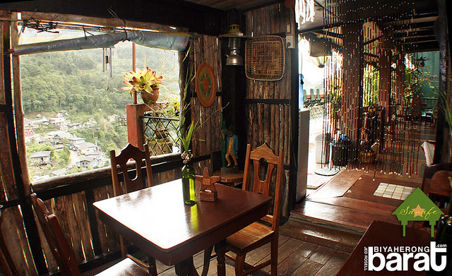 veranda in sanafe lodge & restaurant