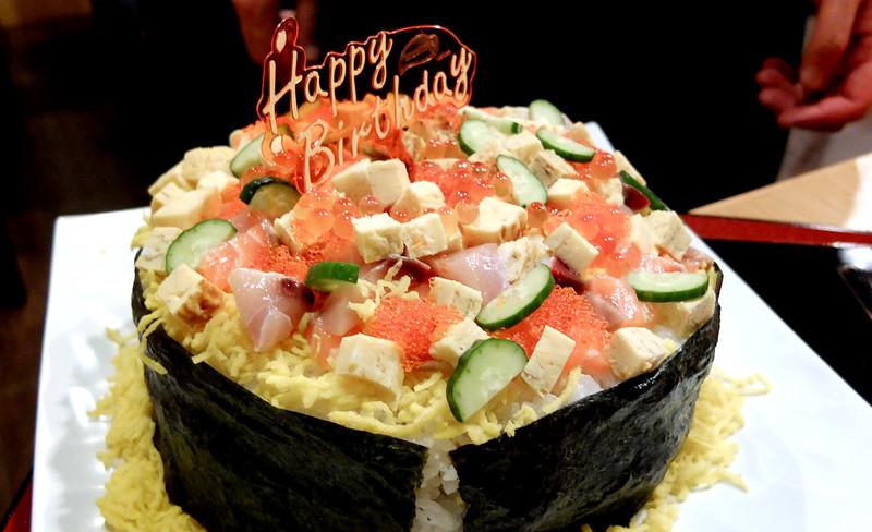 Tomoe Sushi_07: Chirashi Bday cake