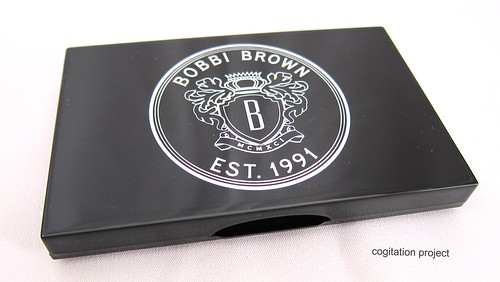 Bobbi-Brown-Holiday-2012-Rich-Caviar-Eye-Palette-IMG_3958
