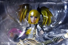 Max Factory Kagamine Rin (Nuclear Fusion Ver.) Unboxing & Review (12)