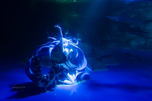 Life-size Deep-sea Girl (1)