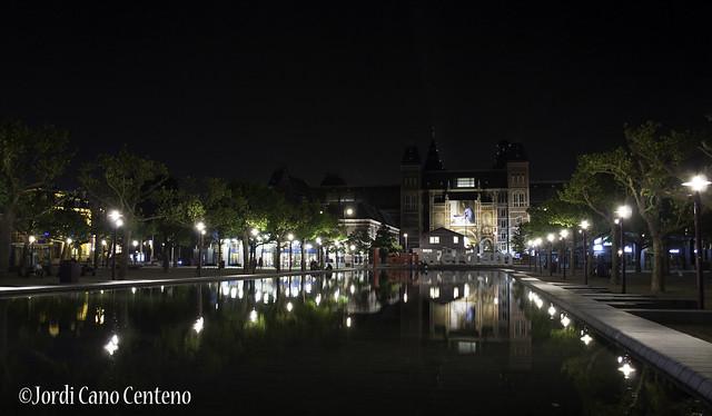 Museumplein y Rijksmuseum
