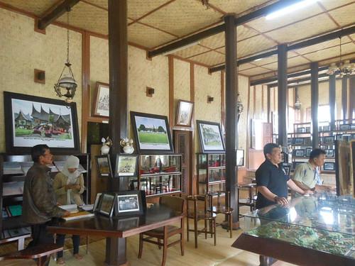 Pusat Dokumentasi dan Informasi Kebudayaan Minangkabau @ Padang Panjang