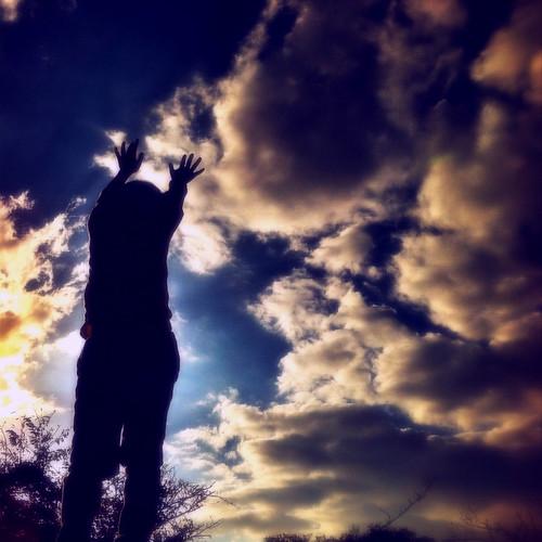 雲を動かす