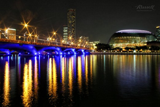 Singapore Night Shot: Left to the Esplanade