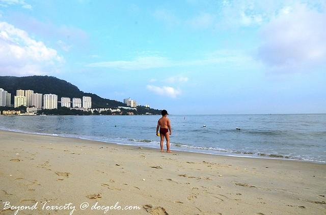 tajung bungah public beach