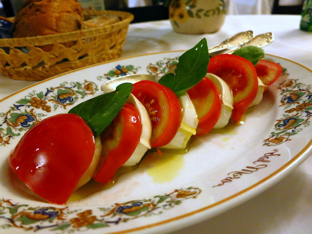 Al Moro-Caprese salad