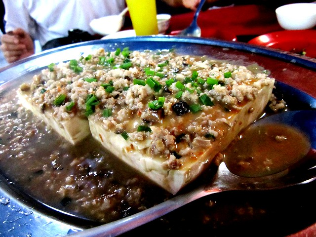 Tofu with minced meat & salted fish