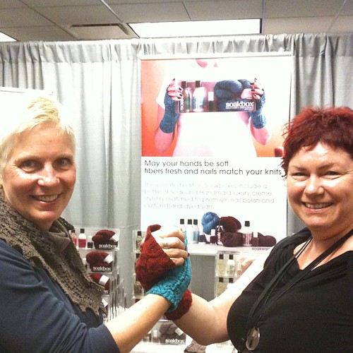 Beth Casey from @lornaslaces and @fionaellis are at the @soakwash booth #vklive  signing soakboxes!