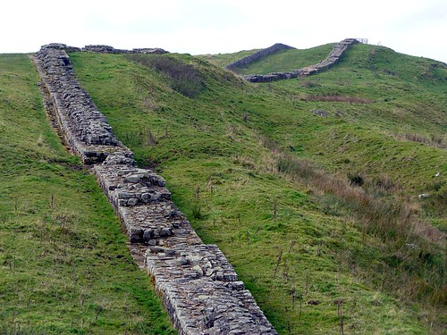 The curtain wall and ditch in Caw Gap