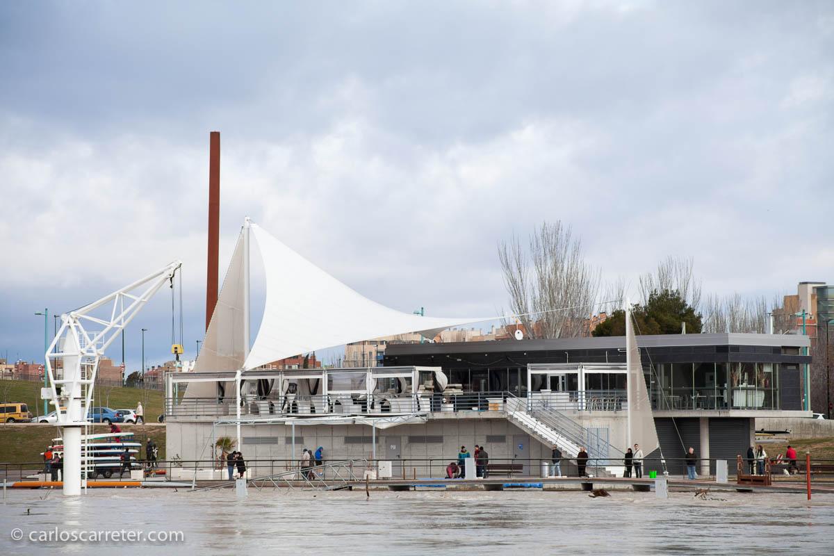 Avenida del Ebro - Embarcadero