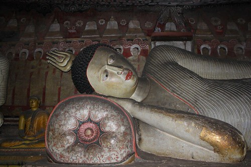 IMG_6626-Dambulla-Royal-Rock-Temple-cave2