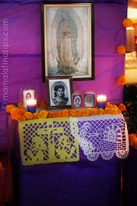 altar_de_muertos_virgen_guadalupe_mamalatinatips
