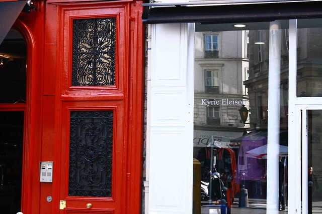 red door paris wide