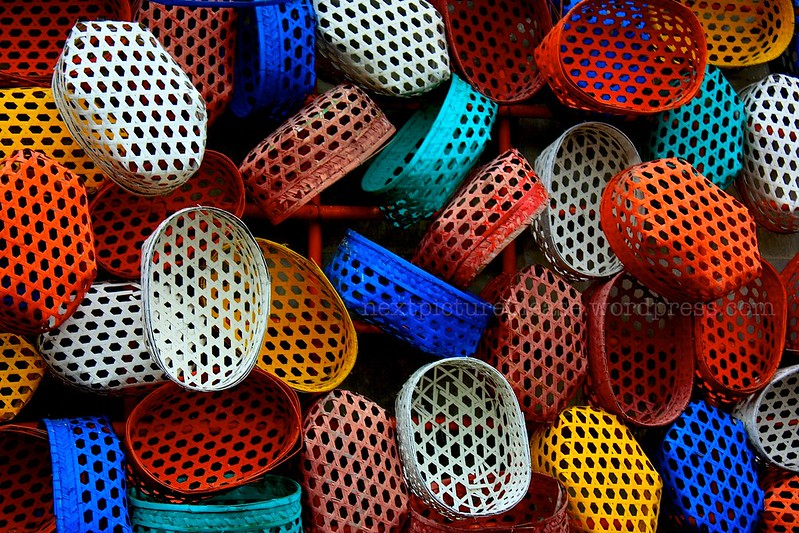 #1 Colorful Baskets