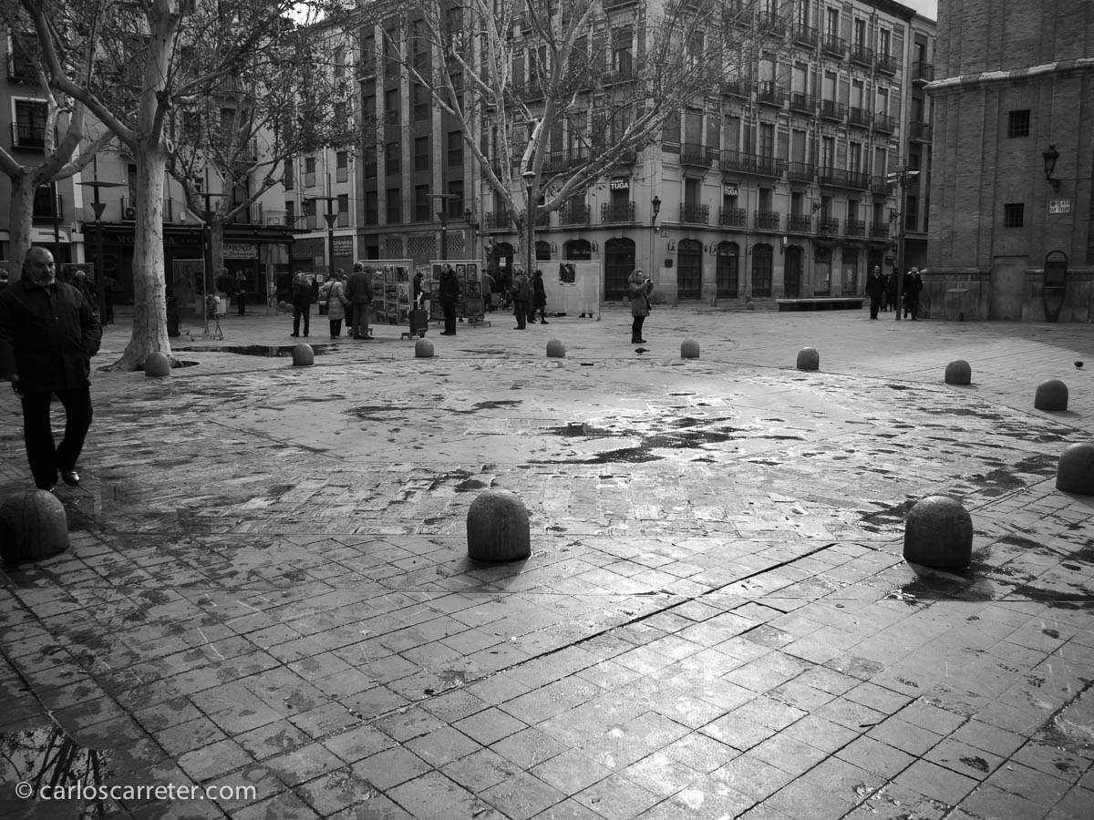 Plaza de San Felipe,… o Place du Tertre estilo maño