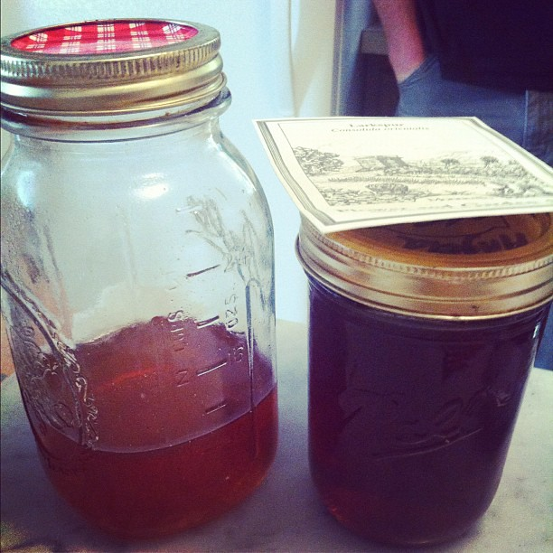 Not @WhiteHouse but it *is* from bees in an apiary from a home owner in Bowie, Maryland. Honey Porter, here we come.