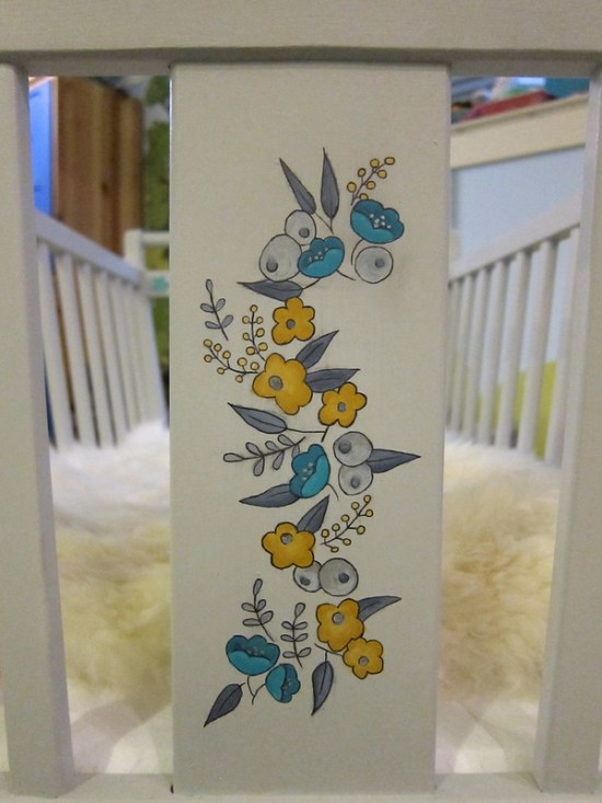 Cradle Flower Panel Detail