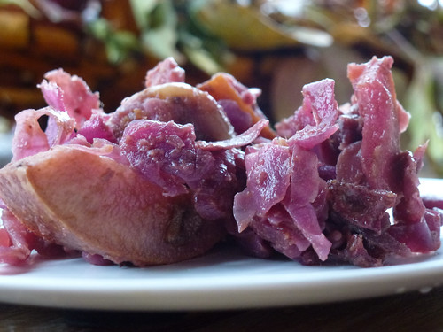 Red cabbage with chestnuts - cavolo rosso con castagne