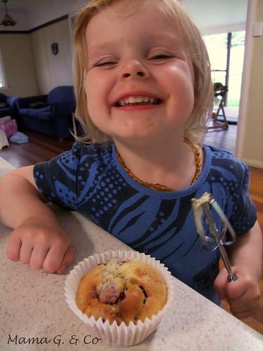 Rasp white choc muffins (5)