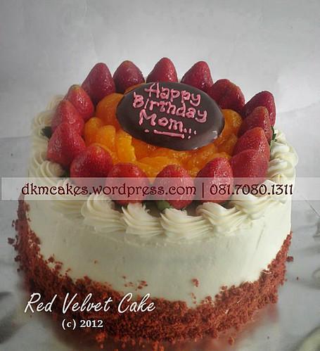 DKMCakes, kue ulang tahun jember, red velvet cake jember