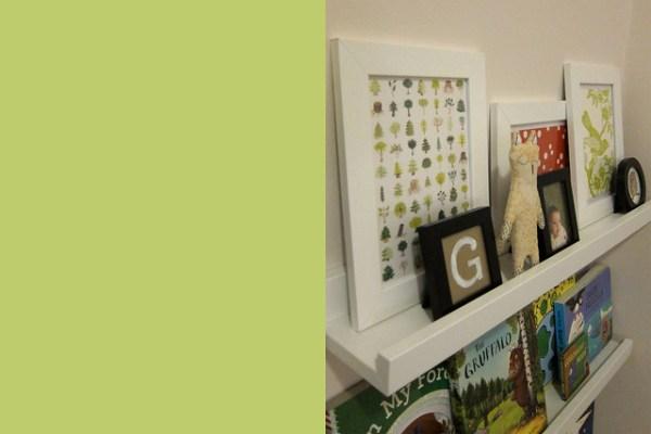 Gwen's Bookshelf (Angle)