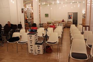 Alle Stühle stehen für den ersten eBookClub.