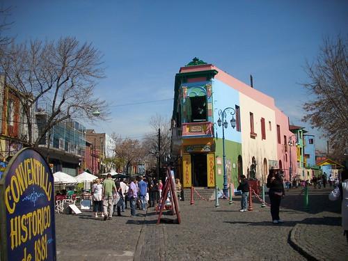 Entrando al barrio histórico de La Boca