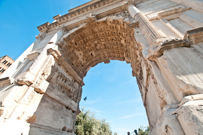 ColosseumWalksOfItaly-8