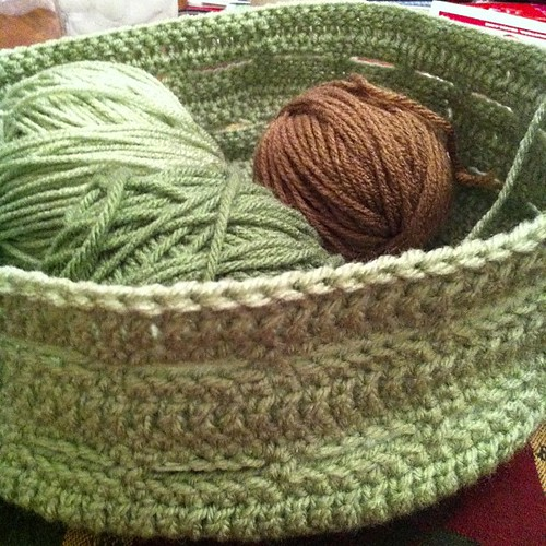 Two rounds of the side done on my #crochet #basket. Changing colors for one section now.